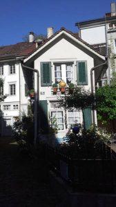Das kleinste Haus von Winterthur in der autofreien Altstadt.